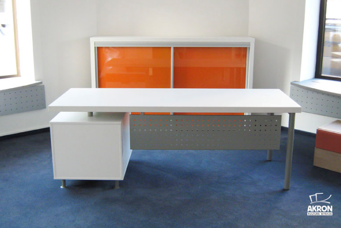 Pisalna miza za šolarja